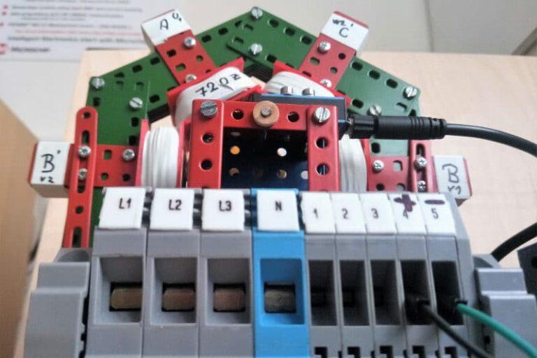 Třífázový synchronní generátor