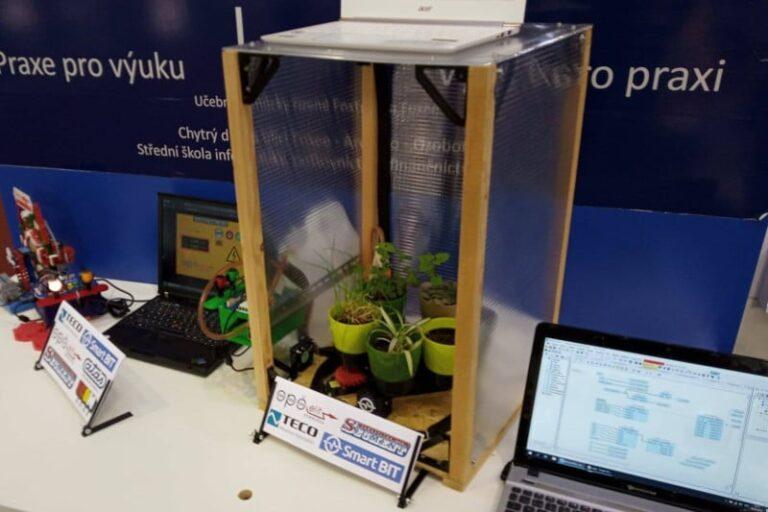 Automatizovaný skleník