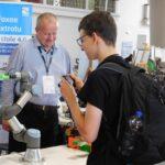 Robotický barista na Maker Faire