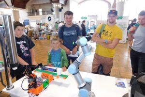 Robotický barista na Make Fair